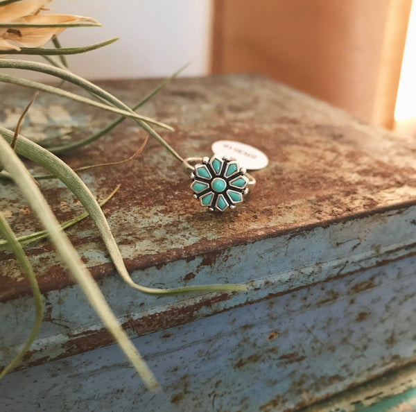 Turquouise Flower Ring - Oh Deer Boutique