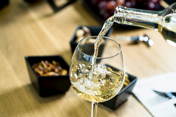 The Ins and Outs of Decanting White Wine