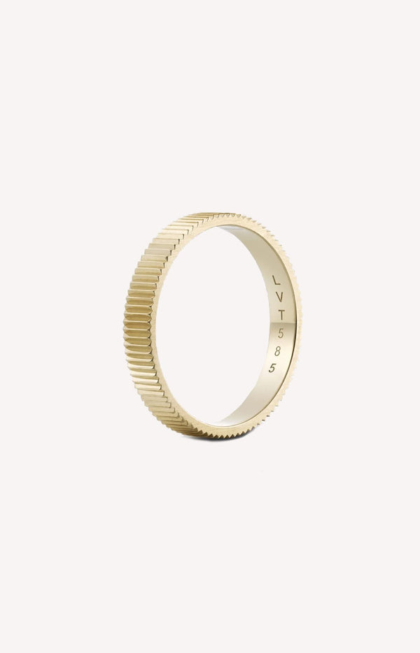 Ring Structured One Broad aus GelbgoldLilian von Trapp - Anita Hass