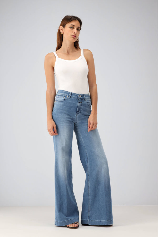 Jeans Glow-Up in Mid BlueClosed - Anita Hass