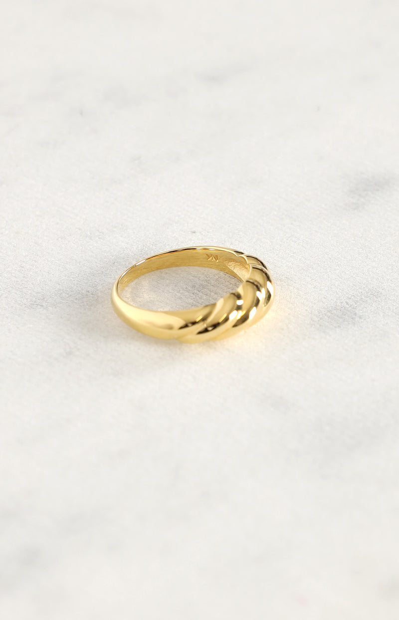 Ring Wavy in GoldNina Kastens Jewelry - Anita Hass