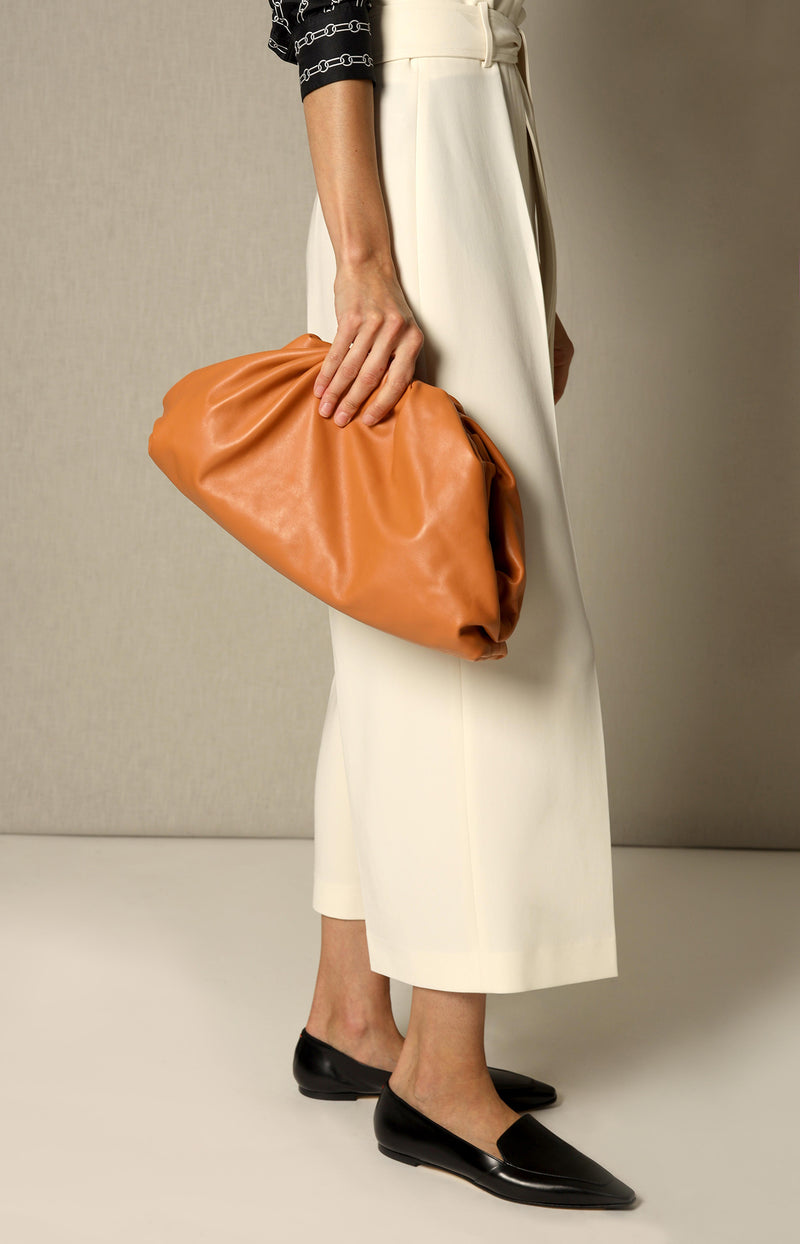 Clutch The Pouch in ClayBottega Veneta - Anita Hass