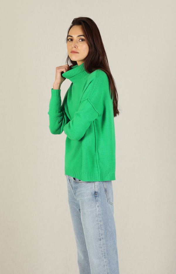 Pullover Exposed Roll Collar in Bright GreenJumper1234 - Anita Hass