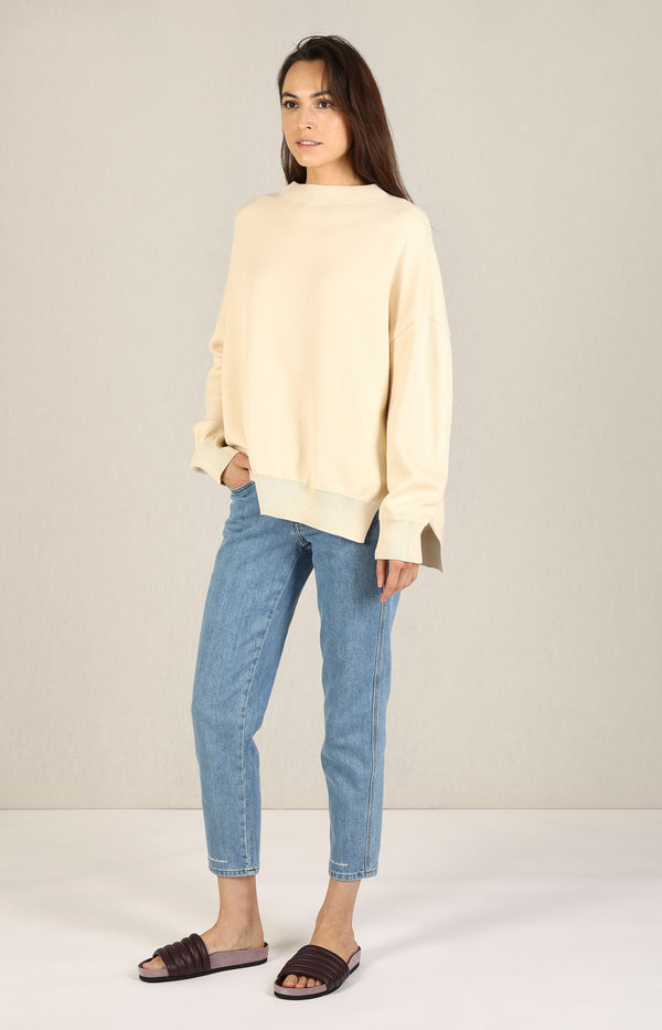 Oversized Pullover in Cashew Nut