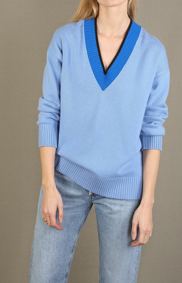 Pullover mit V-Ausschnitt in Sky Blue/MultiChinti and Parker - Anita Hass