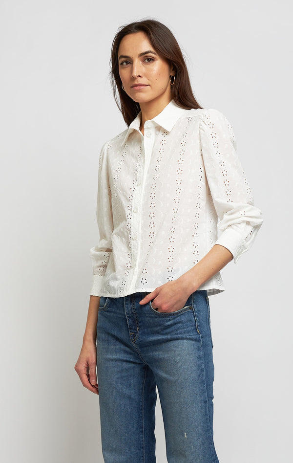 Bluse mit floraler Stickerei in Crystal WhiteSee by Chloé - Anita Hass