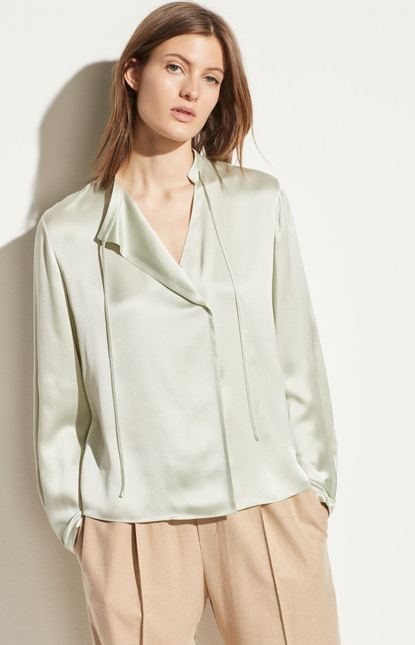 Seidenbluse Tie Neck Popover in AloeVince - Anita Hass