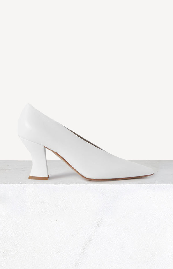 Pumps Almond in Optic WhiteBottega Veneta - Anita Hass