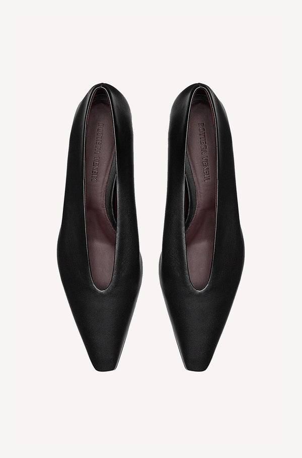 Flache Ballerinas Almond in Schwarz