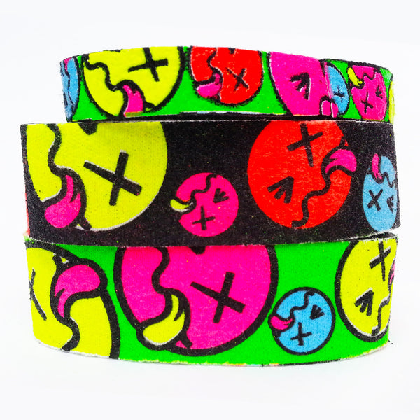COUCHUK - UV REACTIVE - SLOGAN BANDS TONGUE FACE REGULAR - Clubwear - PLUR - Rave clothing