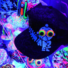COUCHUK - UV REACTIVE - LT CHAINSAW FLATPEAK CAP - Clubwear - PLUR - Rave clothing