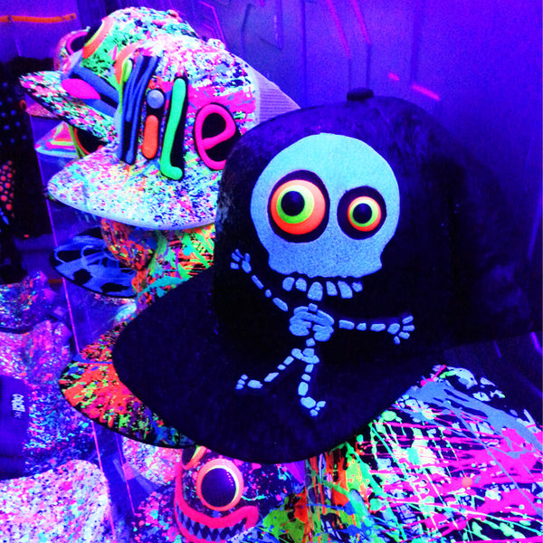 COUCHUK - UV REACTIVE - LT SKELLY FLATPEAK CAP - Clubwear - PLUR - Rave clothing
