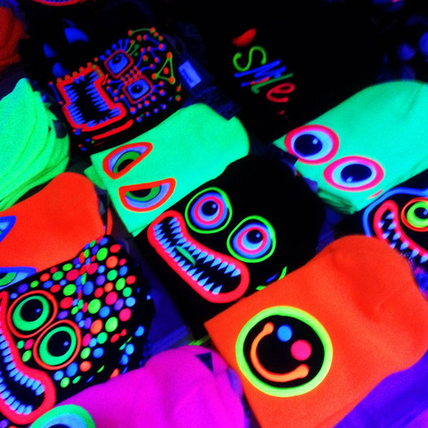 COUCHUK - UV REACTIVE - ART ON BEANIE no.1 - Clubwear - PLUR - Rave clothing