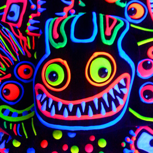 COUCHUK - UV REACTIVE - ART ON BEANIE no.5 - Clubwear - PLUR - Rave clothing