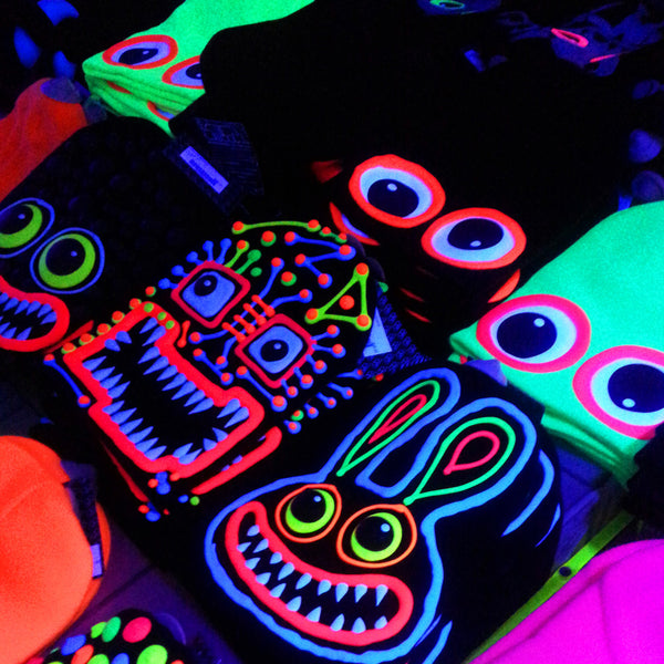 COUCHUK - UV REACTIVE - ART ON BEANIE no.9 - Clubwear - PLUR - Rave clothing