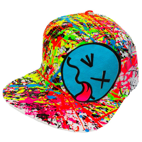 COUCHUK - UV REACTIVE - BLUE TONGUE CAP WHITE - Clubwear - PLUR - Rave clothing