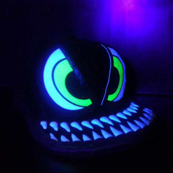COUCHUK - UV REACTIVE - EVIL EYE CAP BLACK - Clubwear - PLUR - Rave clothing