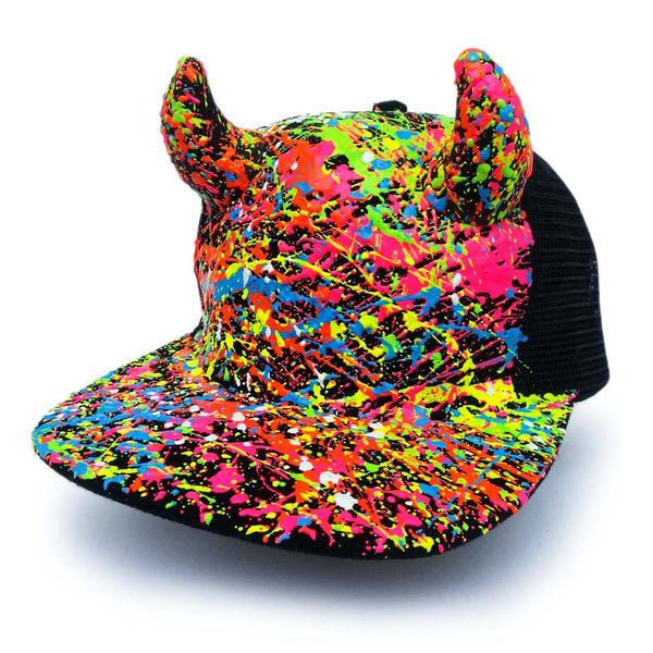 COUCHUK - UV REACTIVE - HORN TRUCKER CAP BLACK - Clubwear - PLUR - Rave clothing
