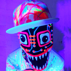 COUCHUK - UV REACTIVE - SCRAPE TRUCKER CAP WHITE - Clubwear - PLUR - Rave clothing