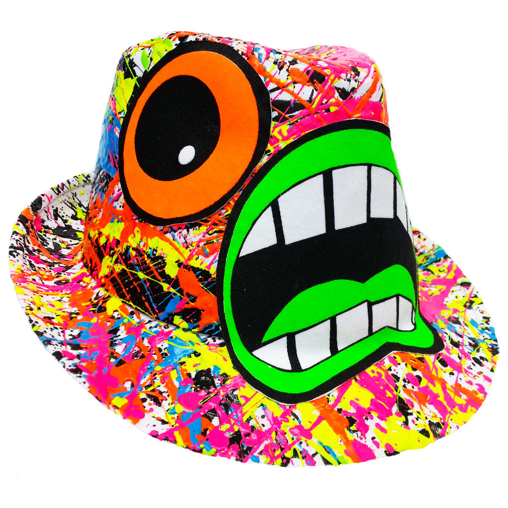 ... COUCHUK - UV REACTIVE - SCREAM TRILBY WHITE - Clubwear - PLUR - Rave  clothing ... 8dff9e87b30