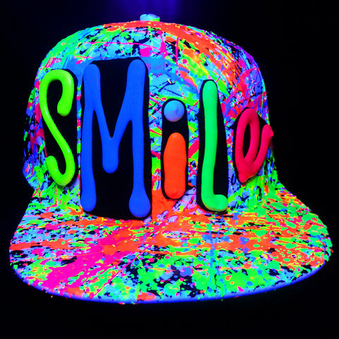COUCHUK - UV REACTIVE - SMILE FLATPEAK CAP WHITE - Clubwear - PLUR - Rave clothing
