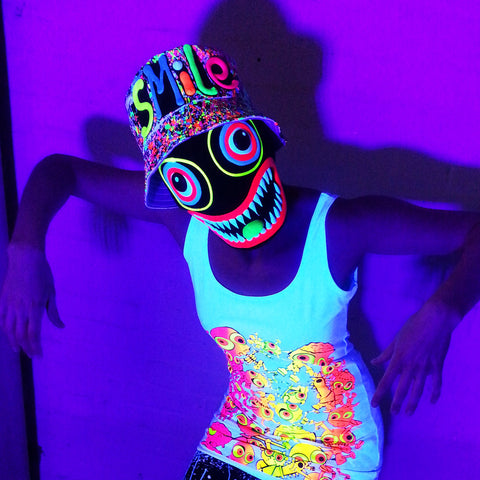 COUCHUK - UV REACTIVE - SMILE RAVE HAT BLACK MULTI - Clubwear - PLUR - Rave clothing