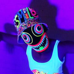 COUCHUK - UV REACTIVE - SMILE RAVE HAT WHITE MULTI - Clubwear - PLUR - Rave clothing