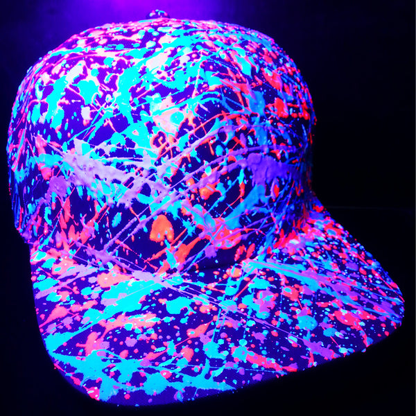 COUCHUK - UV REACTIVE - SPLATTER FLATPEAK CAP PURPLE - CORAL RED/TURQUOISE/PURPLE - Clubwear - PLUR - Rave clothing