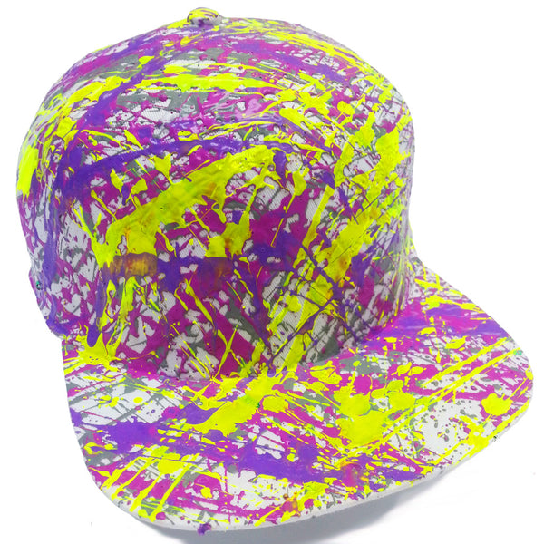 COUCHUK - UV REACTIVE - SPLATTER FLATPEAK CAP WHITE GREY/PURPLE/LILAC/NEON YELLOW - Clubwear - PLUR - Rave clothing