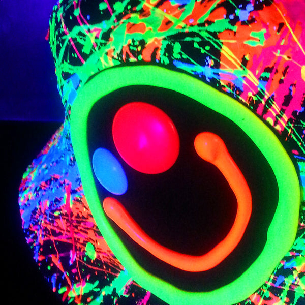 COUCHUK - UV REACTIVE - SQUIDGY FACE RAVE HAT BLACK MULTI - Clubwear - PLUR - Rave clothing