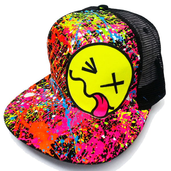 COUCHUK - UV REACTIVE - YELLOW TONGUE TRUCKER CAP BLACK - Clubwear - PLUR - Rave clothing