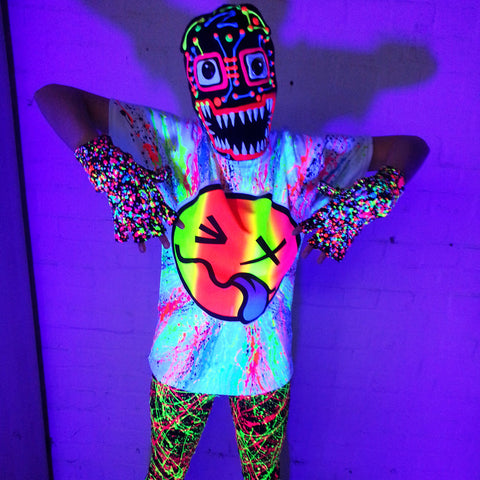 COUCHUK - UV REACTIVE - RAINBOW TONGUE UNISEX T-SHIRT WHITE - Clubwear - PLUR - Rave clothing