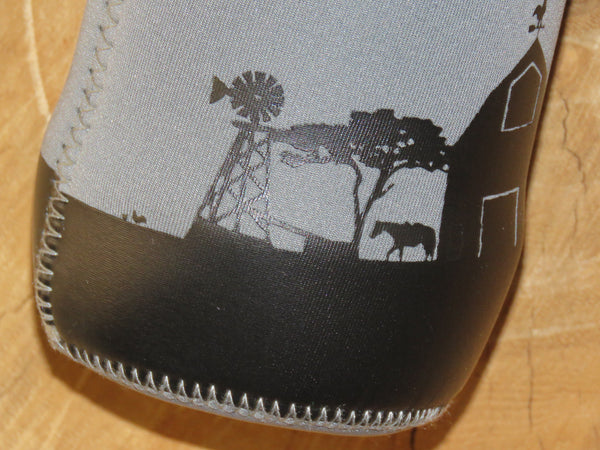 1L Neoprene water bottle sleeve 'Farmscene'