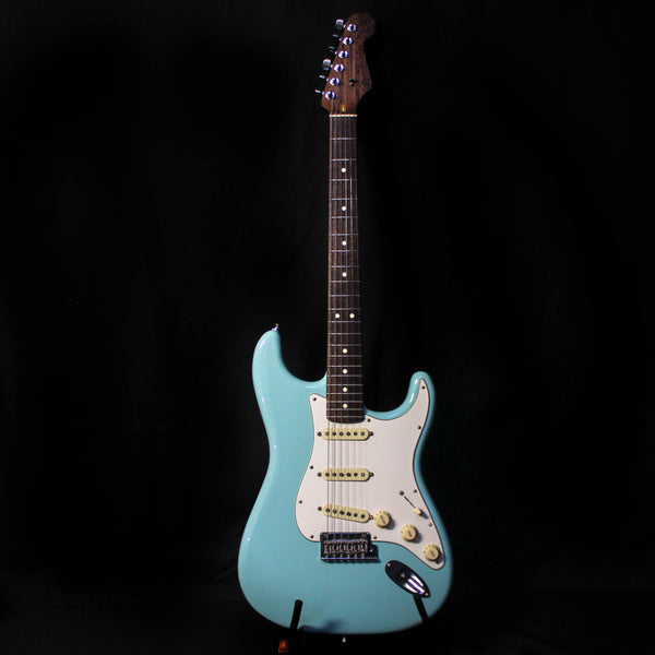 Used 2017 Fender Limited Edition American Professional Stratocaster w/ OHSC - Daphne Blue