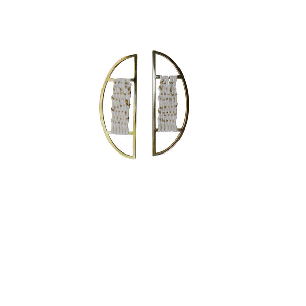 HALF CIRCLE EARRINGS WITH GOLD THREAD