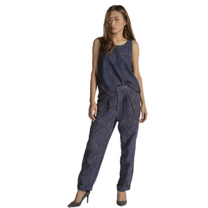 WOMEN'S TAPERED LEG TROUSER