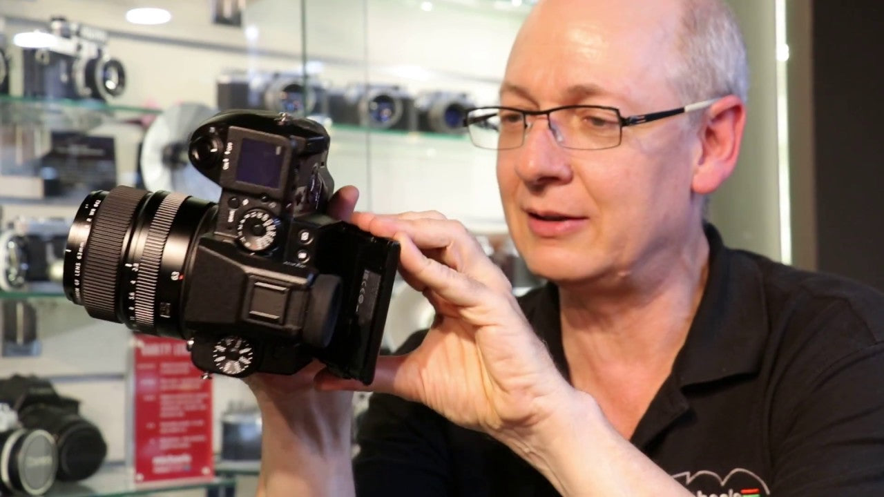 Fujifilm GFX 50S - We Show You How Small It Is and How It Will Feel In Your Hands and More!