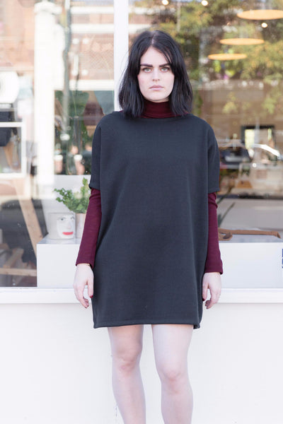 Sweater Biggie Dress in Black