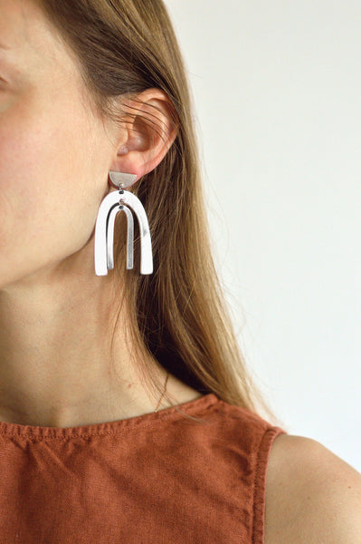 Belleza Earrings in Silver