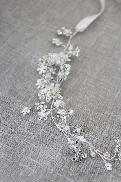 Cluster Flower with Pearls and Cubic Zirconia Hairpiece