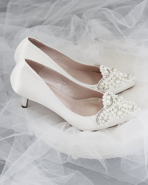 off white wedding shoes with pearls