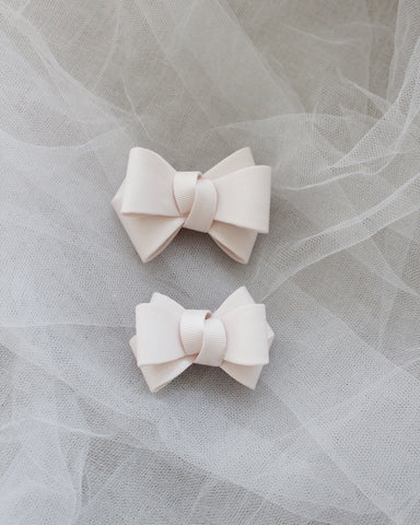 Ivory Grosgrain Bow HAIR CLIP or SHOE CLIP