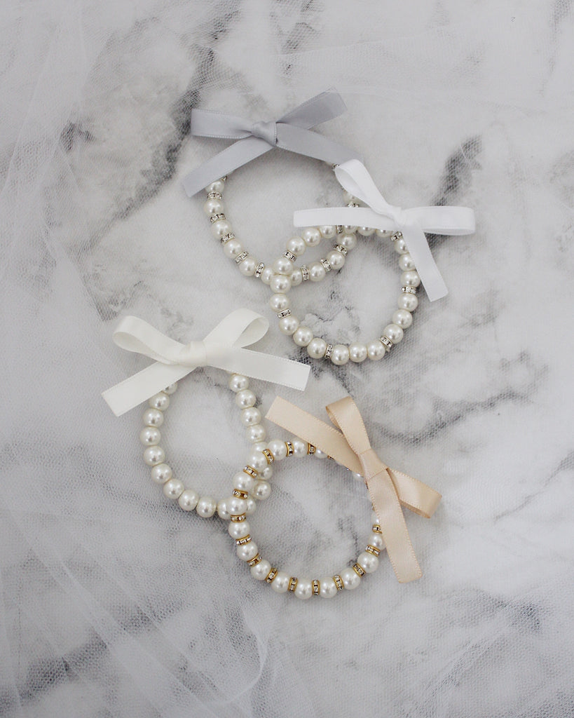Pearls Bracelet with Satin Bow