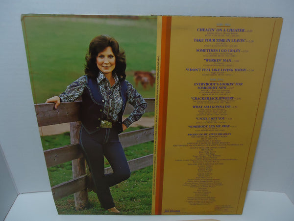 Loretta Lynn - Lookin' Good