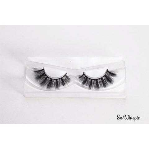 Wispy False Eyelashes perfect strip lashes for party and special occasions.
