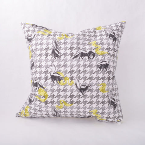 Throw Pillow - Skunk