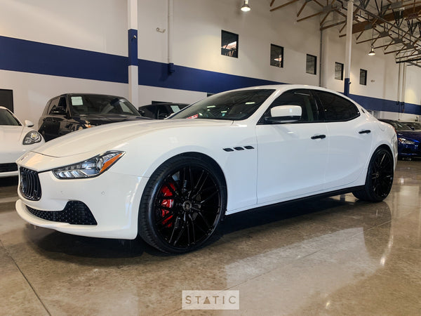 2016 Maserati Ghibli Gloss Black Chrome Delete