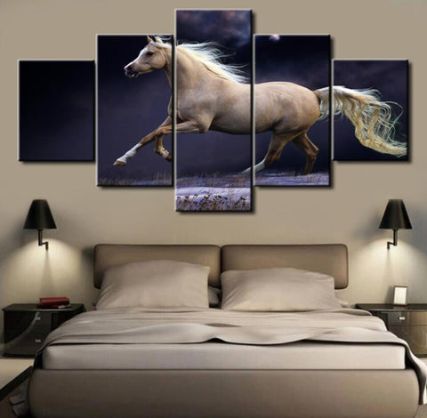 5 Panel White Horse Canvas