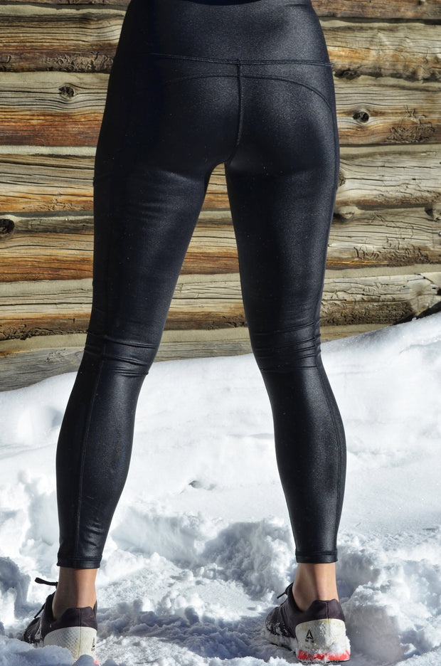 Attitude Liquid Pocket Legging - Black