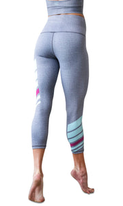 Earn Your Stripes Nirvana 3/4 Legging, Stone/Cyan